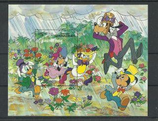 1297.  Grenada Grenadines 1984 Easter S/s photo