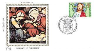 (52613) Fdc Benham Silk Jesus Christ Kids Painting St Mary At Hill 1981 Pstmark photo