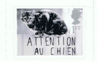 Cat On Fence Image On 2001 Self - Adhesive British Stamp - Nh - Rare photo