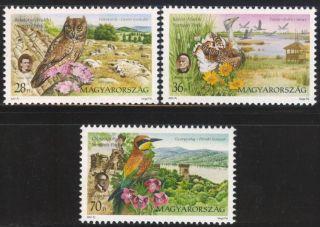 Hungary - 2001.  National Parks / Birds / Flowers Mi:4659 - 4661. photo