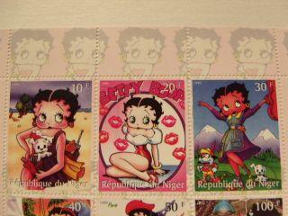 Republique Du Niger - Betty Boop 1999 Stamp Sheet - photo