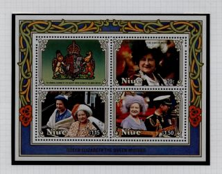1986 Niue Queen Mothers 86th Birthday Miniature Sheet Unmounted photo