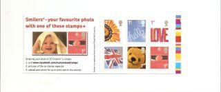 Qa1 Gb Stamp Booklet Greetings Smilers photo