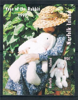 Norfolk Is 1999 Year Of The Rabbit Sg Ms 692 photo