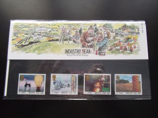 1986 Industry Year Royal Mail Presentation Pack 168 Um photo