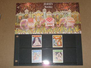 Jersey Presentation Pack Batiks photo