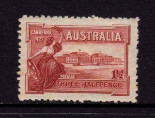 Australia 1927,  Sc 94 Sg 105,  Canberra Parliament House 1 1/2d Brown Red Mh photo