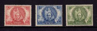 Australia 1946,  Sg 216,  217,  218,  Mitchell ' S Expl,  2 1/2d,  3 1/2d,  1sh,  Mh photo