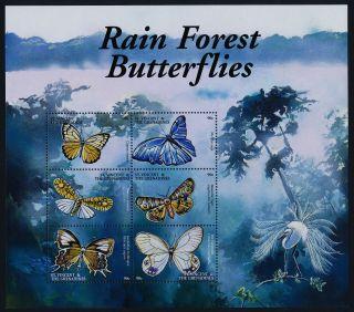 St Vincent 2920 - 1 Butterflies,  Monkey,  Bird photo