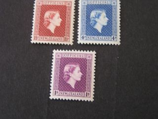 Zealand,  Scott O101+o104+o106 (3) 1p+4p+1/ - Values 1954 Qe2 Issue.  Mlh photo